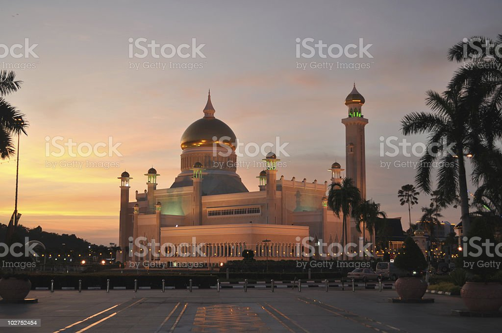 Omar Ali Mosque at sunset stock photo