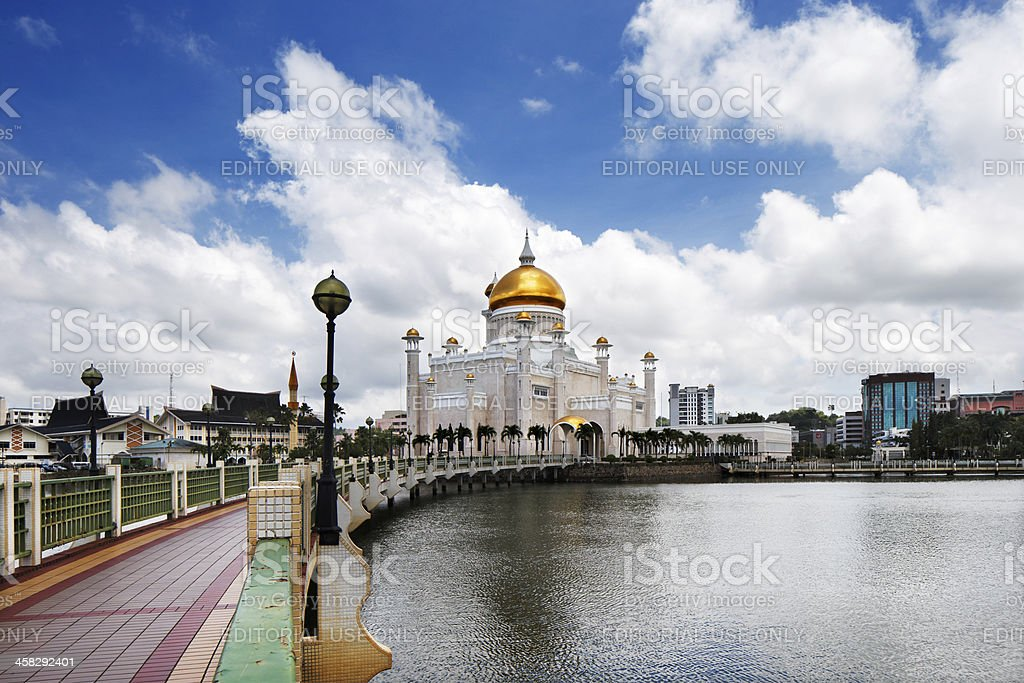 Omar Ali Saifuddien Mosque Of Bruneis Capital Bandar Seri