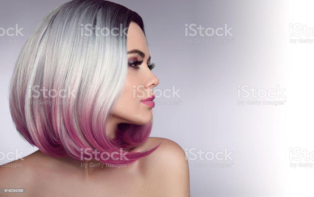 Ombre Bob Kurze Frisur Schönes Haarfärbungfrau Trendige Haarschnitte