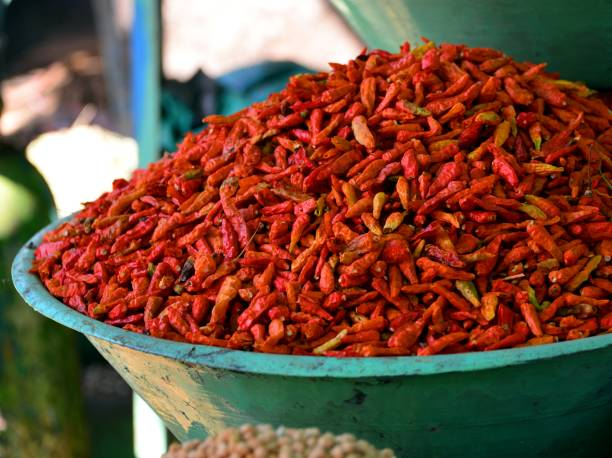 Omdurman Market, Khartoum, Sudan Khartoum, Sudan: bowl with chilies - Omdurman Market omdurman stock pictures, royalty-free photos & images