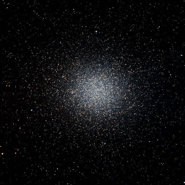 omega centauri globular cluster - centaurus bildbanksfoton och bilder