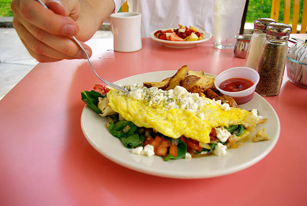 omelette - mikefahl stock pictures, royalty-free photos & images