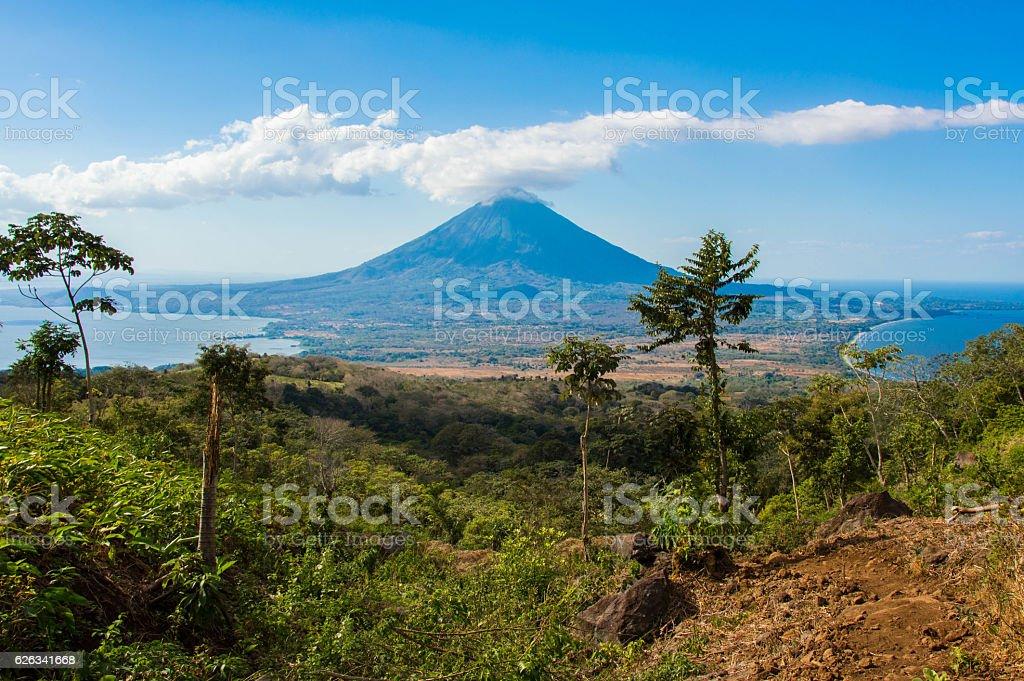 Ometepe 島  - かすみのロイヤリティフリーストックフォト