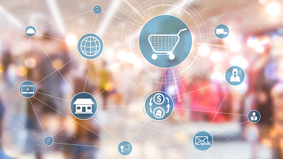 665284604 istock photo Omni channel technology of online retail business. 1204099670
