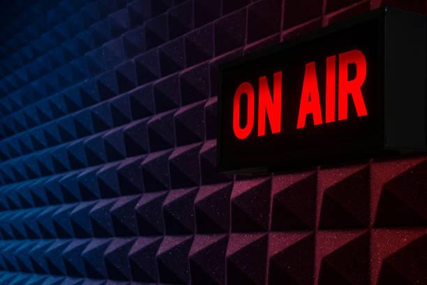 op air sign - podcast stockfoto's en -beelden