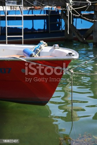 istock on the lake 180622431