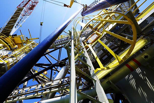 Auf die offshore drilling rig – Foto