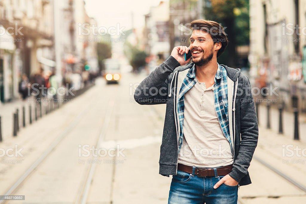 Auf dem Telefon – Foto