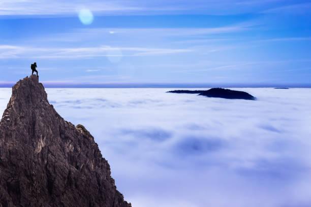 üst - dağ zirvesi stok fotoğraflar ve resimler