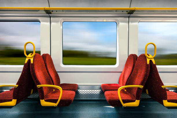 on travel in a fast train - 火車車廂 個照片及圖片檔