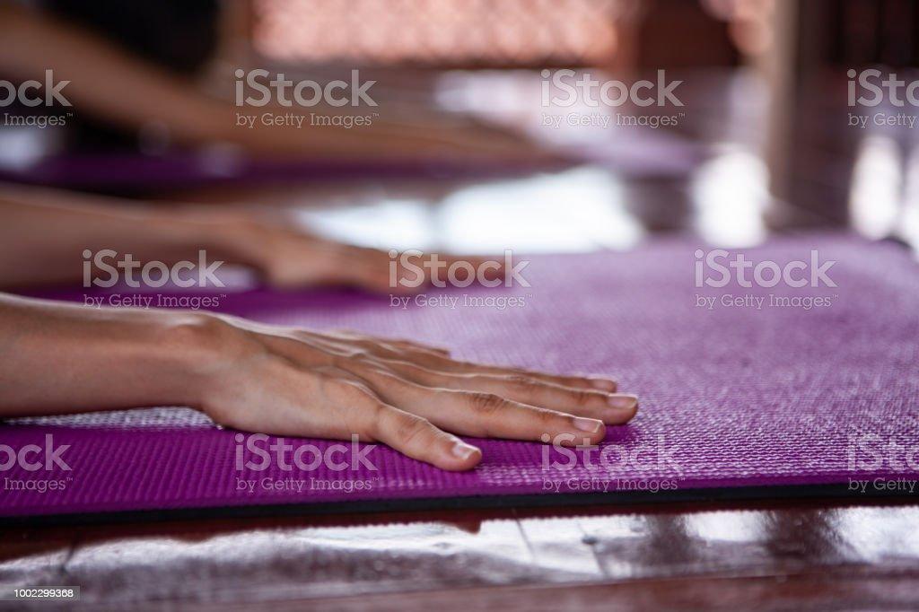 Auf Yoga-Kurs – Foto