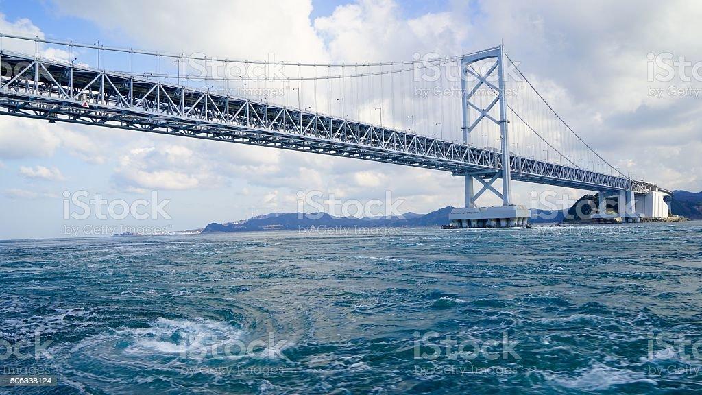 Onaruto puente y la marea que bañeras hidromasaje - foto de stock