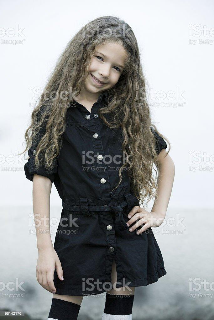 하나의 아름다운 백인종 웃는 소녀만 royalty-free 스톡 사진