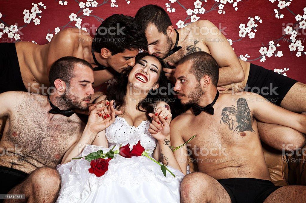 Una novia cuatro tanto - foto de stock