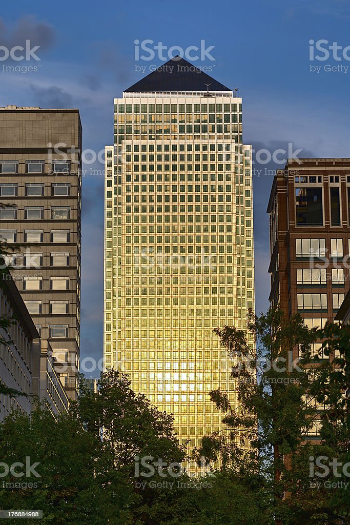 One Canada Square, Canary Wharf, catching setting sun stock photo