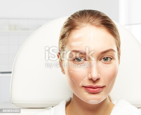 istock One day in the clinic of aesthetic medicine 693634452