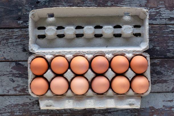 One Dozen Organic Fresh Brown Eggs – Foto
