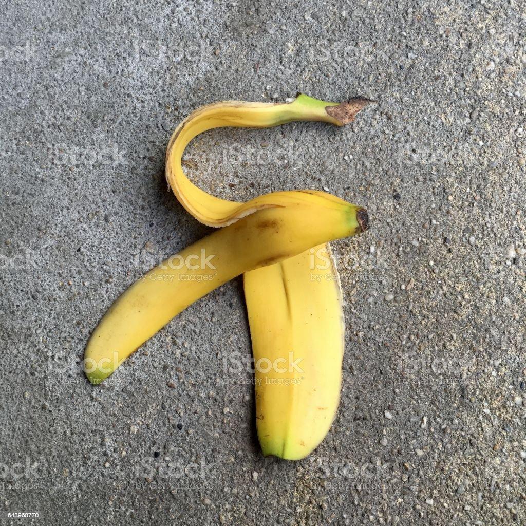 Eine frische Bananenschale – Foto