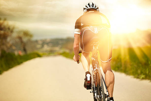 Ein Mann und seine Fahrrad – Foto