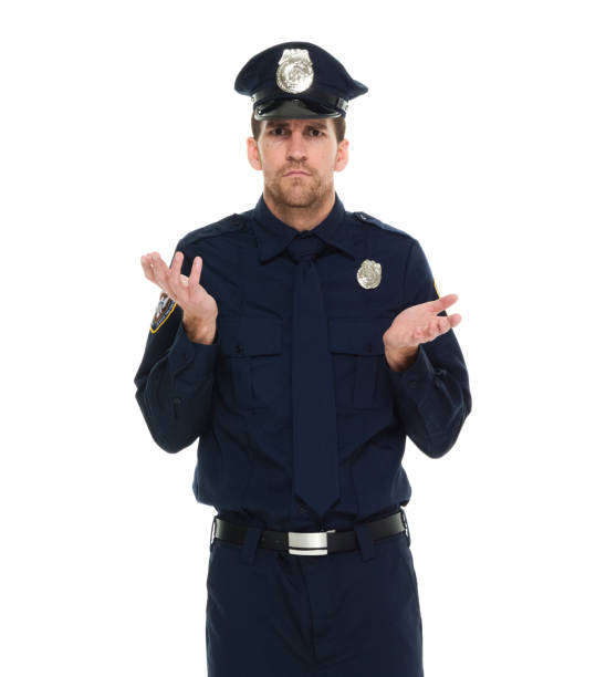 Nur ein Mann / Taille nach oben / Frontansicht / Blick auf die Kamera von 30-39 Jahre alten erwachsenen schönen Menschen braune Haare / mit Bart / kurze Haare kaukasischen männlich / junge Männer Polizei / Sicherheitspersonal stehen vor weißem Hintergr – Foto