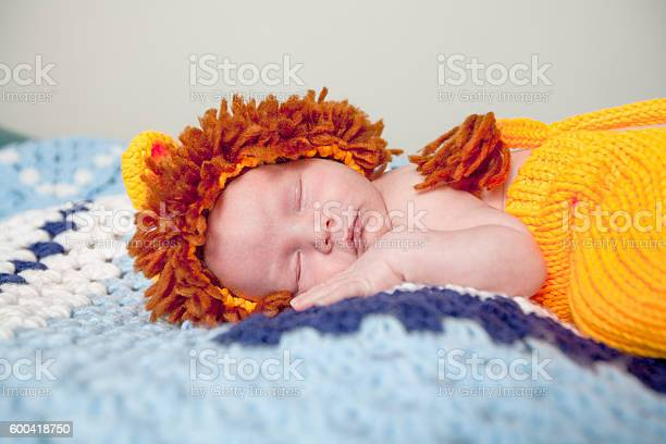 One month old baby boy sleeping picture id600418750?b=1&k=6&m=600418750&s=612x612&h=gpdpr1so1zk6 okd47mf21zyvegxn0lhni97tnpz7om=