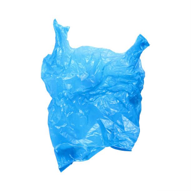 ouvert froissé bleu sachet isolé sur blanc - sac en plastique photos et images de collection