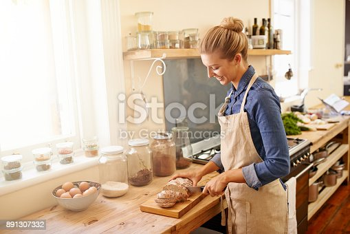 istock One slice and you'll be hooked 891307332