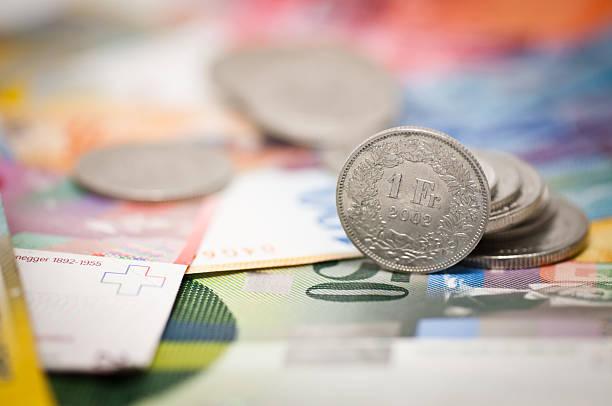 one swiss franc - franken stockfoto's en -beelden