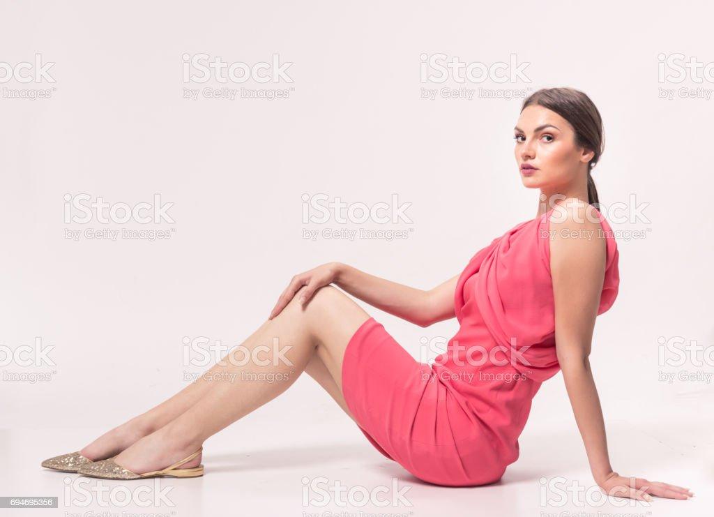 Una Mujer Caucásica Joven 20 Años 2029 Años De La Moda