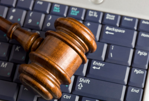 Online Auction Concept With Gavel On Laptop Stock Photo - Download Image Now