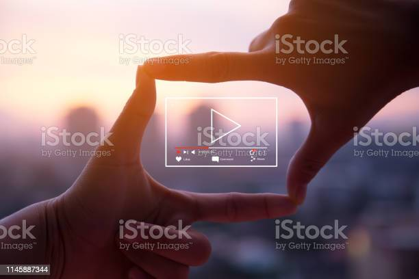 Online live video marketing concept picture id1145887344?b=1&k=6&m=1145887344&s=612x612&h=bunezylxbbydfvyturh4viadpmucycocrncchjtqsrq=