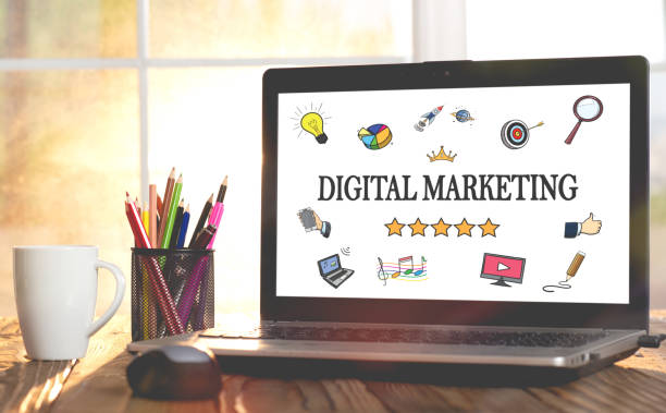online marketing concept on laptop monitor - digital marketing stock photos and pictures