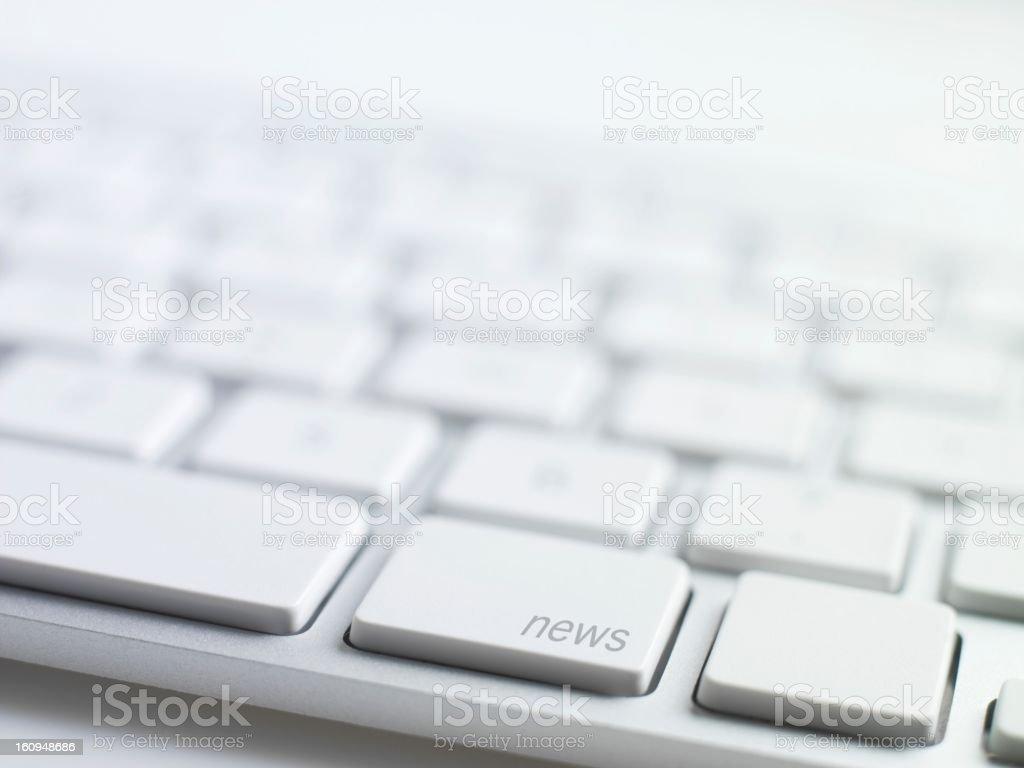 online-Neuigkeiten, Tastatur Nachricht - Lizenzfrei Arbeiten Stock-Foto