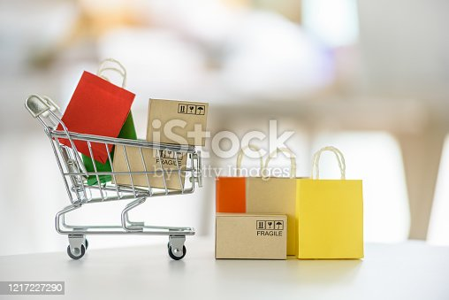 istock Online shopping / e-commerce and customer experience concept 1217227290
