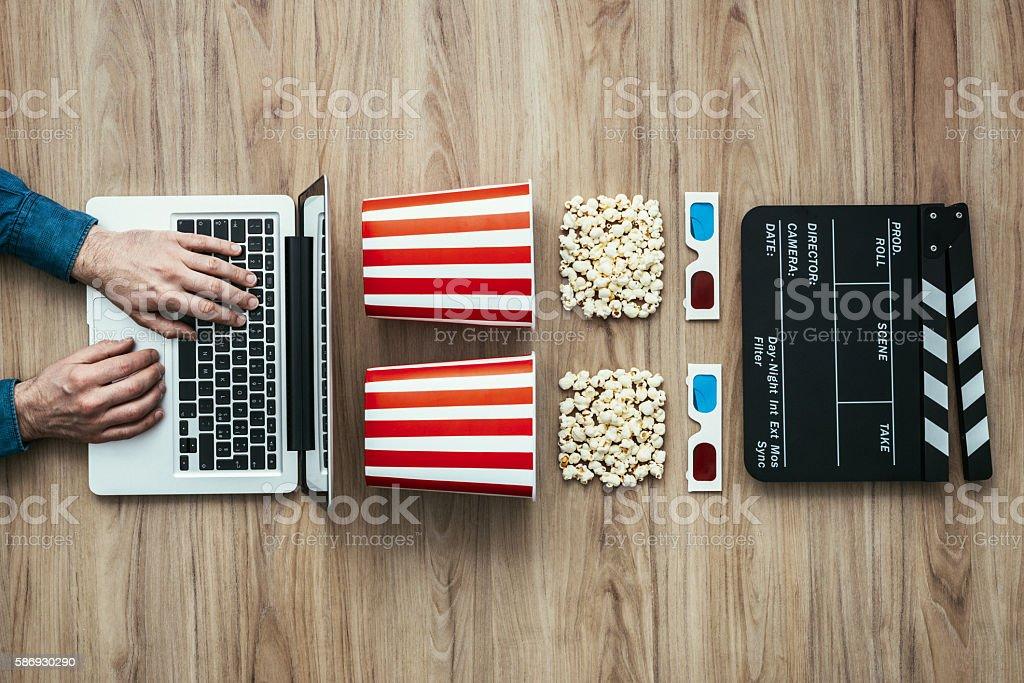 Online streaming cinema - foto de acervo