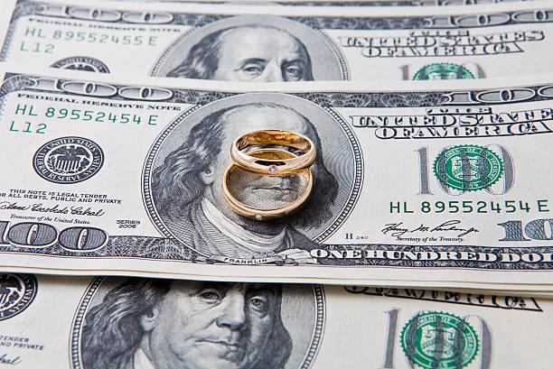 nur für geld - diamanten kaufen stock-fotos und bilder