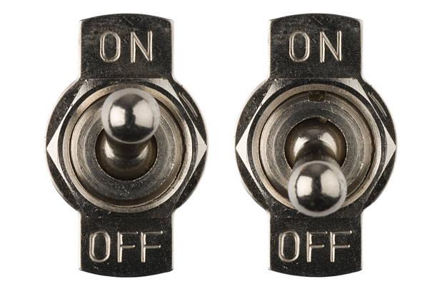 on/off interrupteurs abaissés - commutateur photos et images de collection
