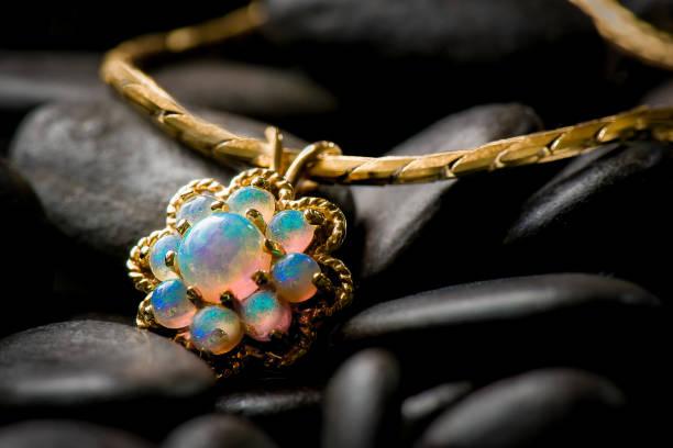 Afbeeldingsresultaat voor opaal