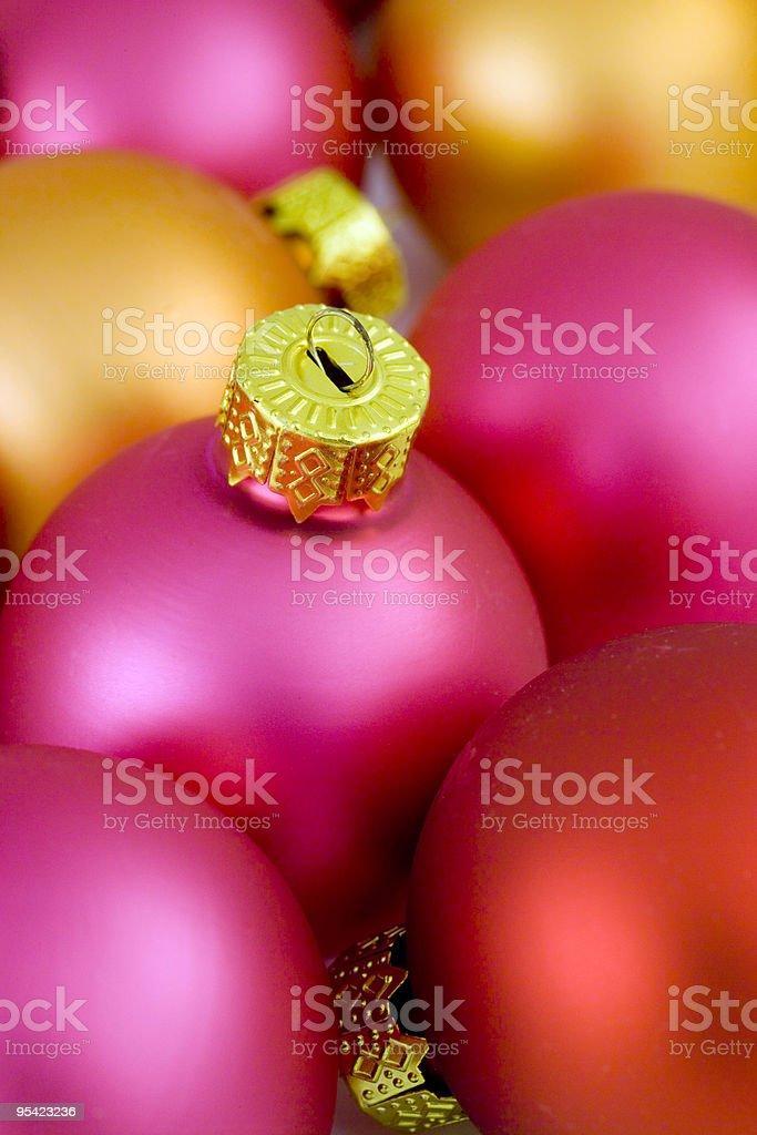 Kalifornischer Weihnachten Kugeln mit engen Schärfentiefe Lizenzfreies stock-foto