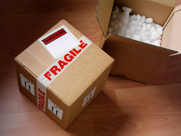 open and closed cardboard box - fragile stock pictures, royalty-free photos & images