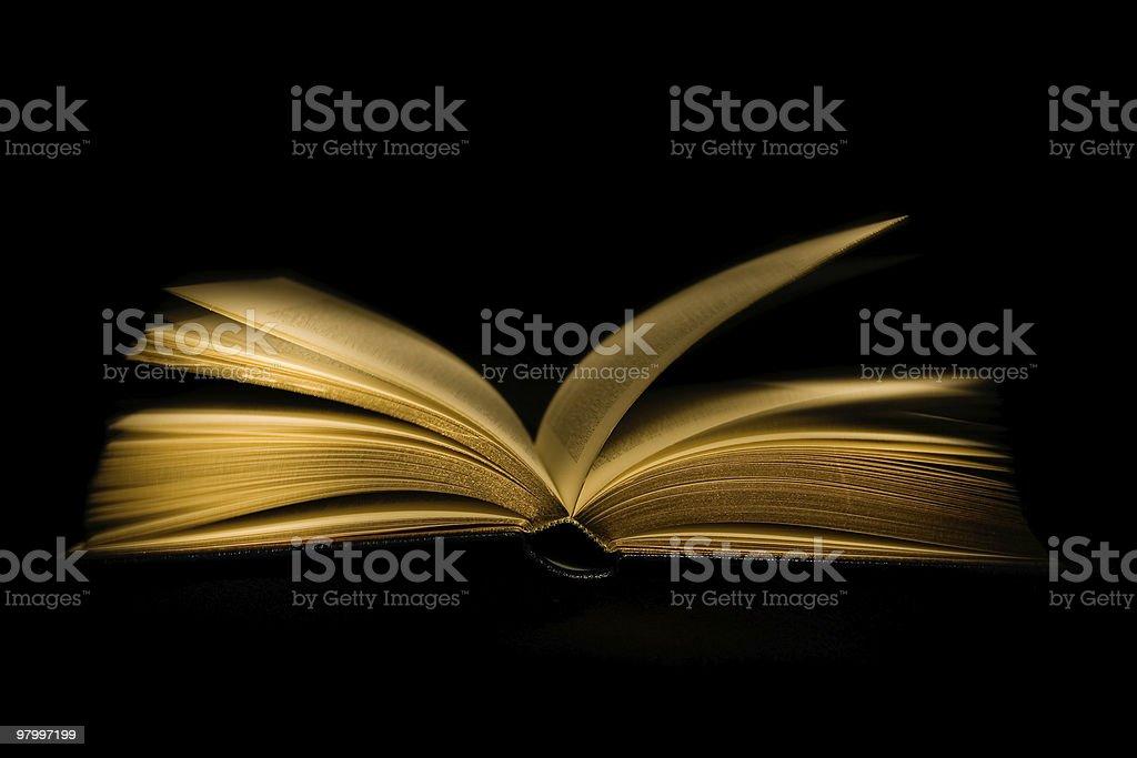Open book on black background royalty free stockfoto
