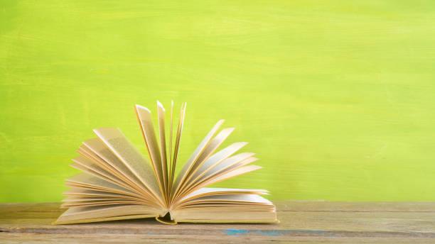 offenes Buch, Lesen, Bildung, Literatur, Panorama, guter Kopierraum – Foto