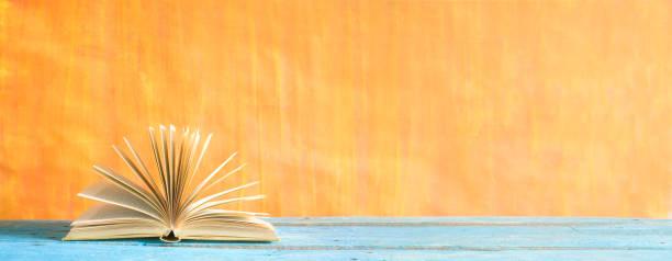 Öffnen Sie, Buch, lesen, Bildung, Literatur-Konzept – Foto