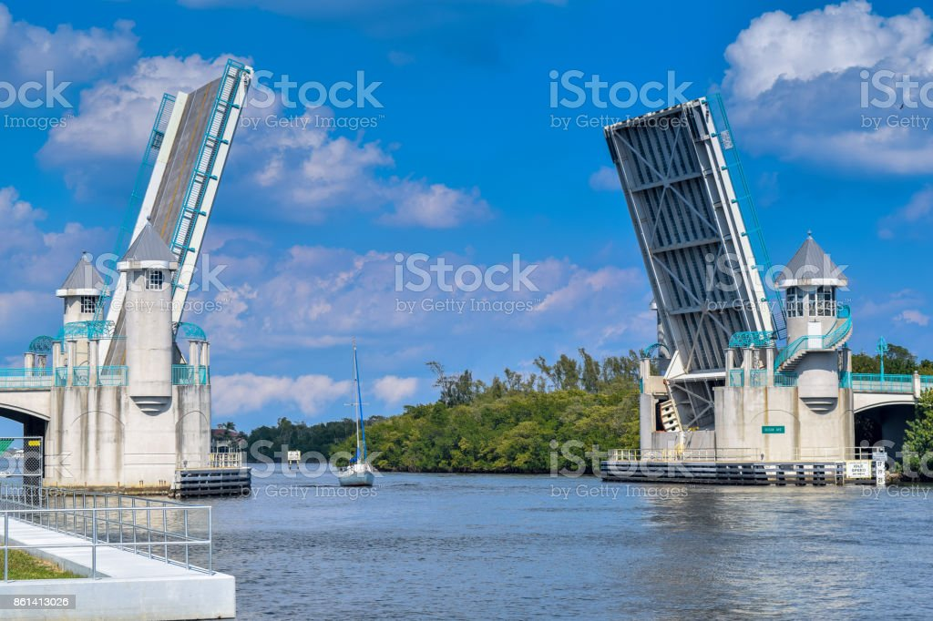 Open Bridge on Atlantic Intracoastal Waterway stock photo