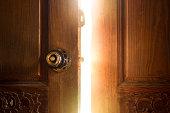 open door 光