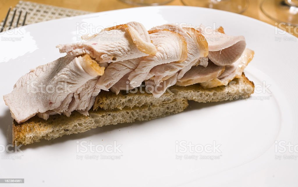 Open faced turkey sandwich​​​ foto