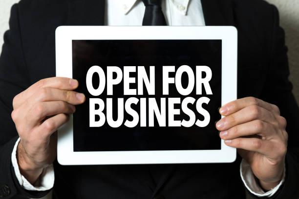영업중 비즈니스  - small business saturday 뉴스 사진 이미지