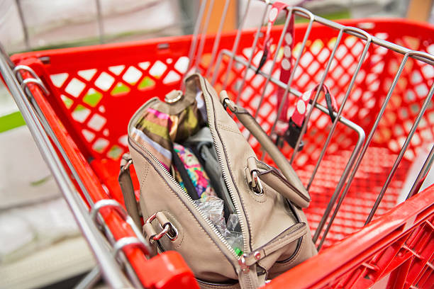open handbag or pocketbook - jodijacobson stock pictures, royalty-free photos & images