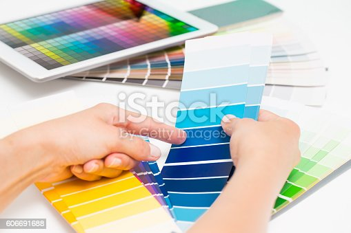 istock Open Pantone sample colors catalogue. 606691688