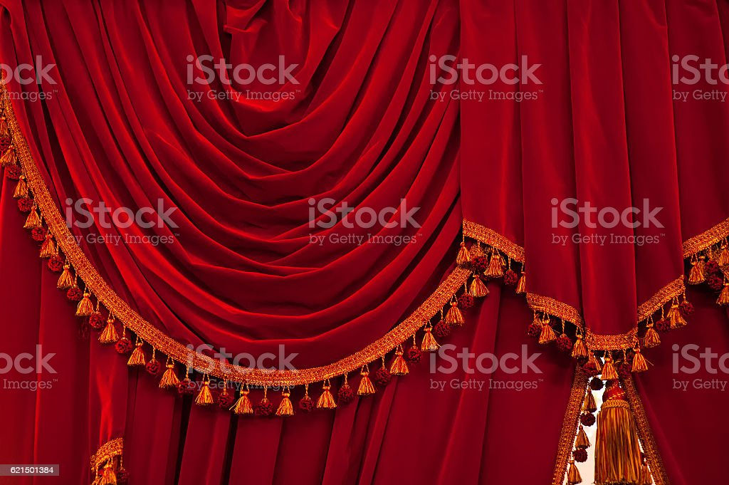 Open red curtains with glitter opera or theater background photo libre de droits